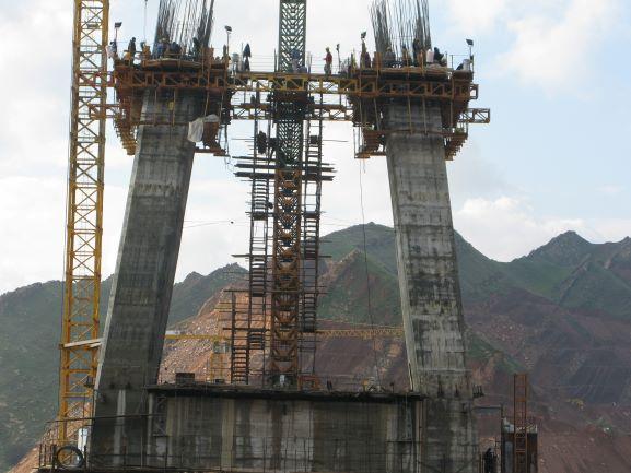 تسکو-قالب لغزنده پل کابلی لالی