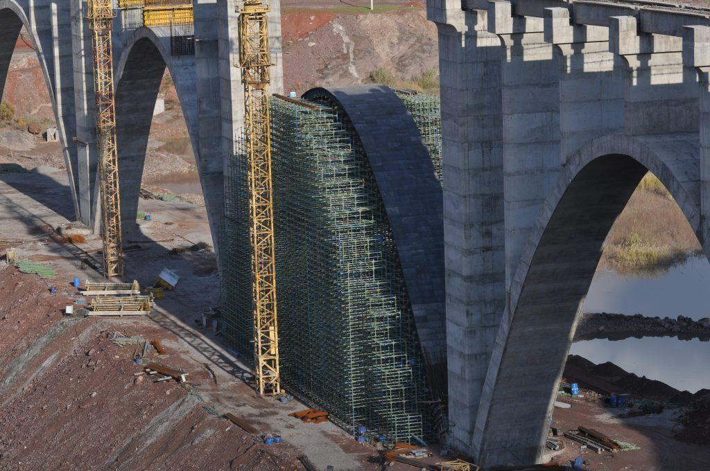 داربست چکشی در پروژه پل شاهرود